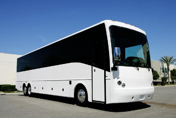 Minneapolis 50 Passenger Charter Bus